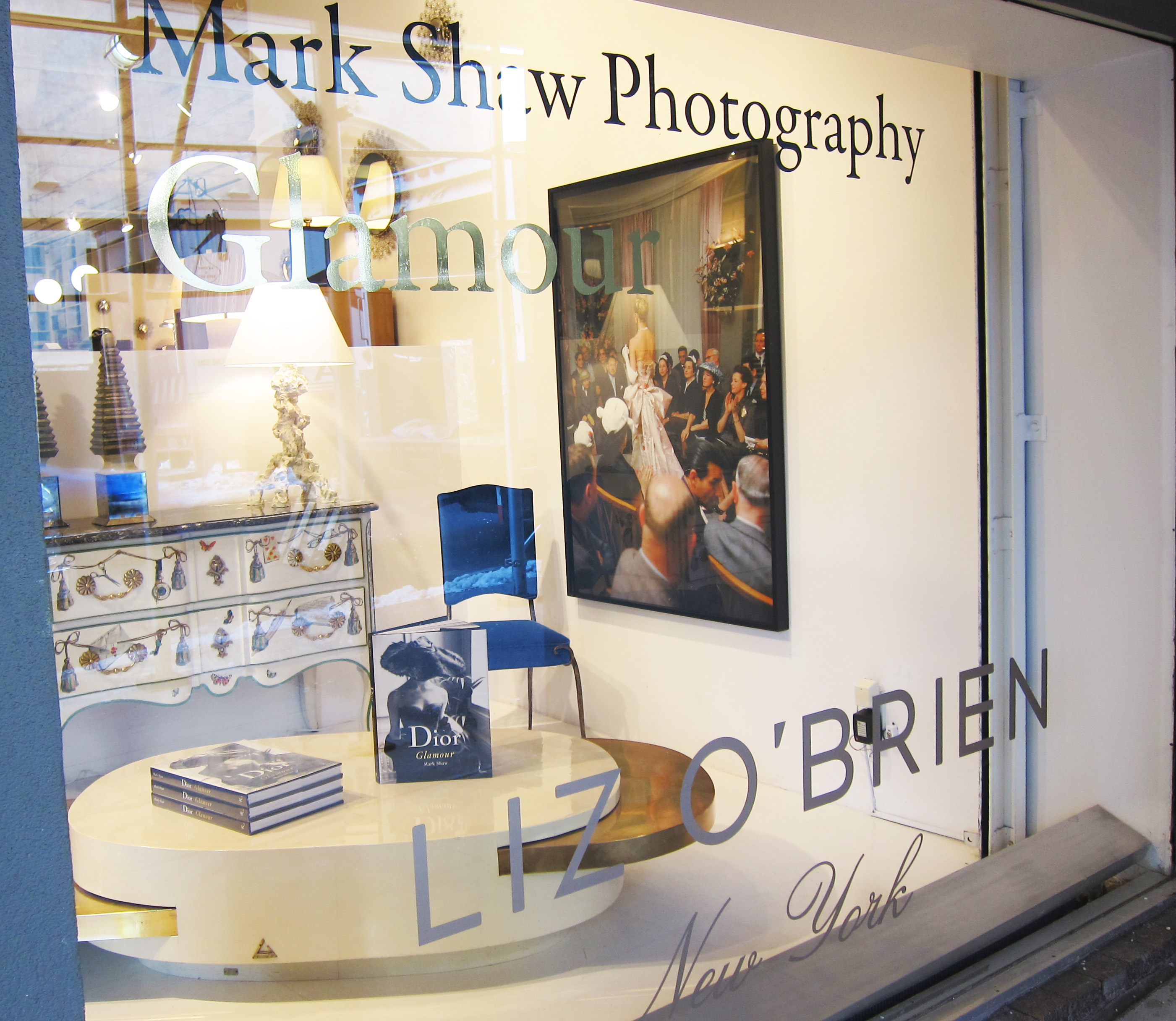 NEW YORKLiz O'Brien Is The Mark Shaw Photographic Archive's New York Flagship And Leading US Retailer, Exclusively Representing The Archive On 1st Dibs And At Events Throughout The Country.  Liz O'Brien Is New York's Premier Mid-century Interior Design Destination.